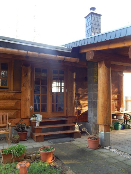 post beam blockhaus cozy cabin mehrer blockhaus. Black Bedroom Furniture Sets. Home Design Ideas